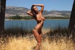 c3rtQREh California Dreamin alena shishkova nude aleksa slusarchi