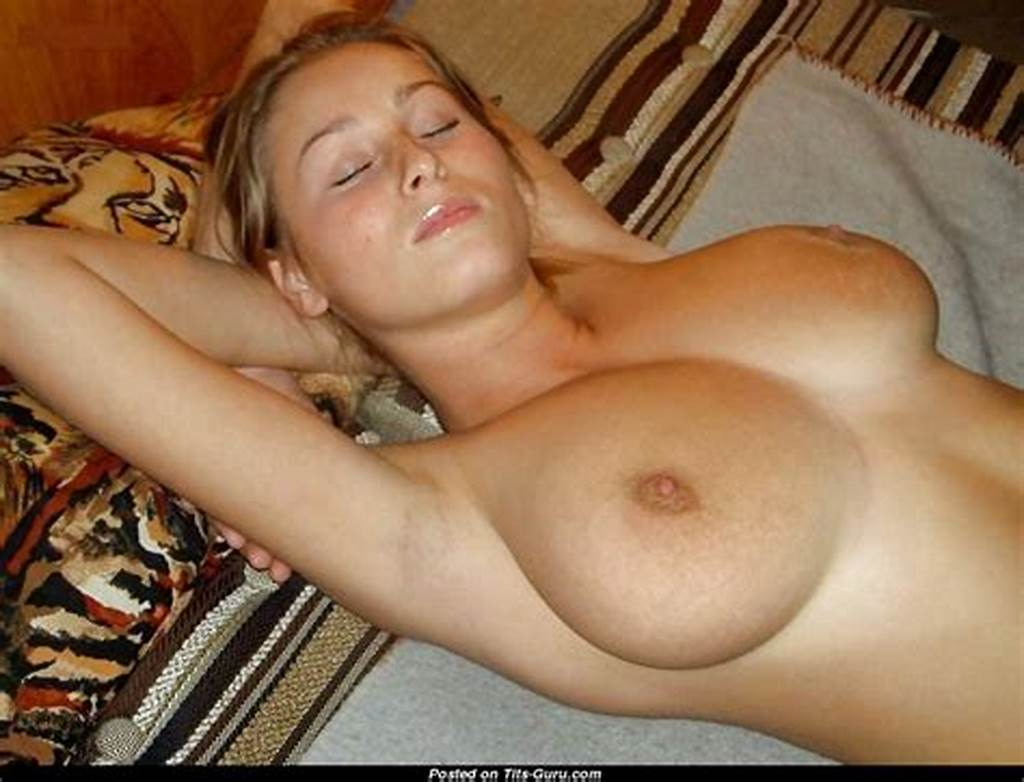 #Amateur #Nude #Amazing #Woman #With #Medium #Natural #Boobies