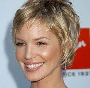 coupe de cheveux femme 60 ans coupe de cheveux femme 50 ans 60 ans coiffure femme senior