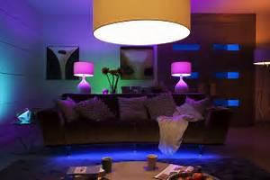 Philips Smart Home : philips hue smarthome magazin ~ Frokenaadalensverden.com Haus und Dekorationen