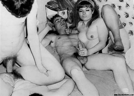Venus Teen Nude