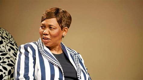 The minister of basic education, mrs. Minister Angie Motshekga caught up in teachers' union furore - LNN - Vaalweekblad