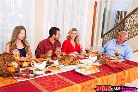 Celebrity Cory Chase Curvy Her Grandpa Thanksgiving Dinner With Flat Bombshell Cory Chase