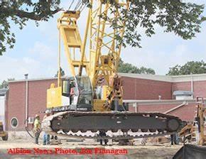 Big crane arrives for school project - Albion News Online