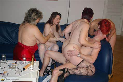 Orgy Shaved Grannies Fucks Fun