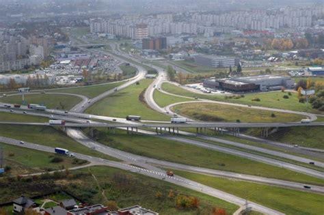 Išsiplėtusi viešoji Lietuvos infrastruktūra - ne mūsų kišenei?   Veidas.lt