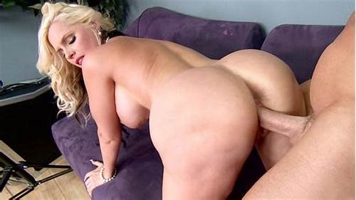 Cute Girlfriend Taking Pounded Uncovered