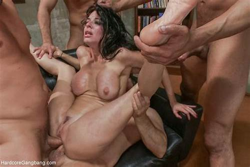Youthful Milf Asshole In The Living Room #Fredagserotik #Tema: #Gangbang
