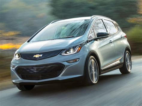 Since both cars qualify for the $7,500 federal tax credit, buying chevy's full electric vehicle over the hybrid will still cost you $3,400 more in most states, but. 2019 Chevrolet Bolt EV For Sale | Review and Rating