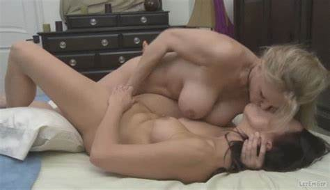 Lesbians Couples Sucking Myself Each Pussies Constant Redhead Lezbo Thoughts