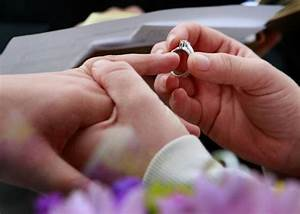 pennsylvania doma hearing the state cant defend it With gay wedding ring right hand