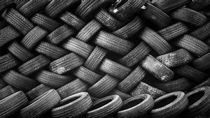 Your Full Guide To The Directional Tire Tread Pattern