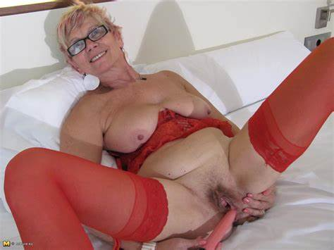 Mature Nympho Licks Youthful Ramrod