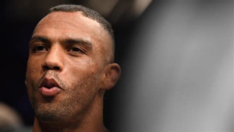 Charles oliveira, edson barboza earn $75,000 in performance of the night bonuses the bonuses were increased by $25,000 thanks to tony ferguson's comments earlier in the week Edson Barboza's New Beginning | UFC