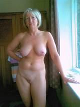 Nude mature female pic
