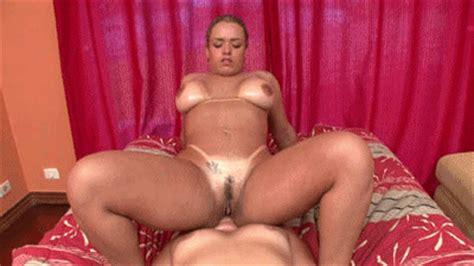 Brazil Lesbian Face Fucking