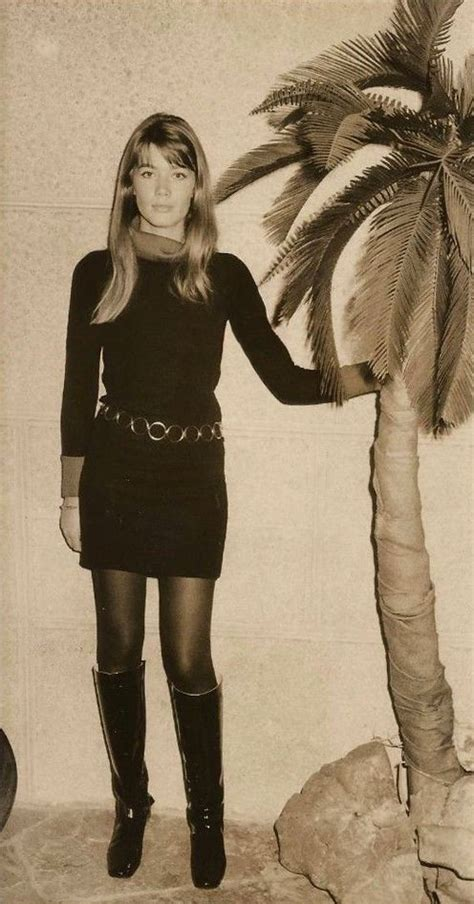 Françoise madeleine hardy (born 17 january 1944) is a french singer and actress. Françoise Hardy Seine's Edge   Fashion, Beatnik style ...