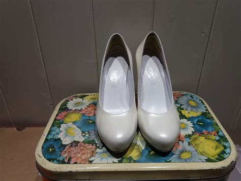 Peep toe platform (4,5 cm). Scarpe da sposa color avorio n.37 tacco 10cm ...