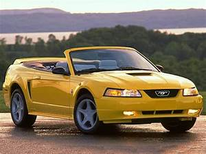 1999 Ford Mustang GT 2dr Convertible Pricing and Options