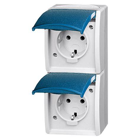 3 stück vorhanden, falls mehrere gewünscht. Aufputzsteckdose 3Er Ansghliessen - Elektroinstallation erweitern - Ratgeber | BAUHAUS ...