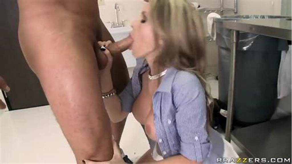 #Courtney #Cummz #Is #Sucking #Dick #Of #Danny #Mountain