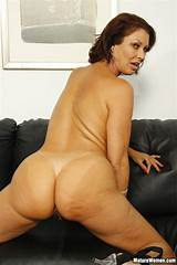 Pictures mature woman big ass