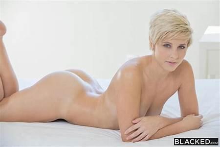 Blue Teen Nude