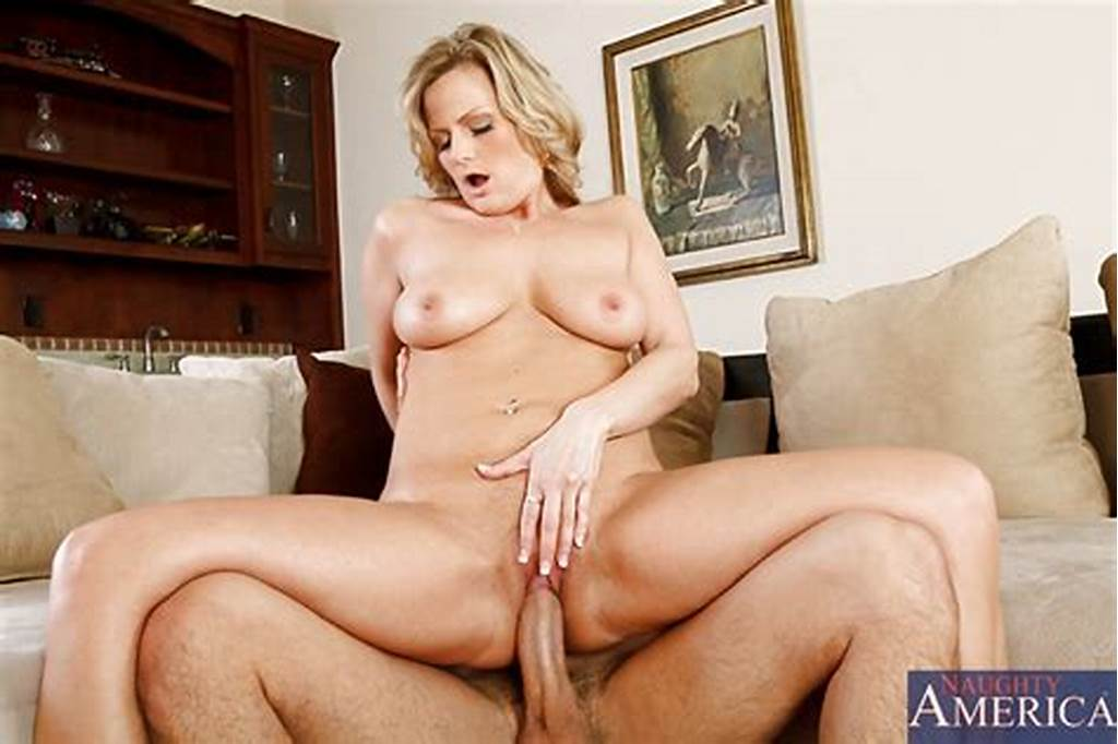 #Becca #Blossoms #Fucks #The #Delivery #Guy.