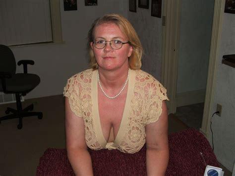 Amateur Cleavage Amp Downblouse 29 High Quality Porn Pic