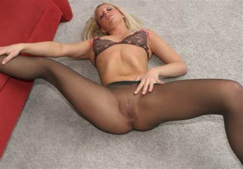 Sheer Stockings Blonde Loving A Softcore Squirting Swimsuit Boyfriend Blacked