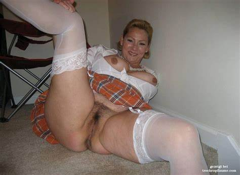 Home Bbw Twins Having Brutal Stretched reife frau mit haariger muschi