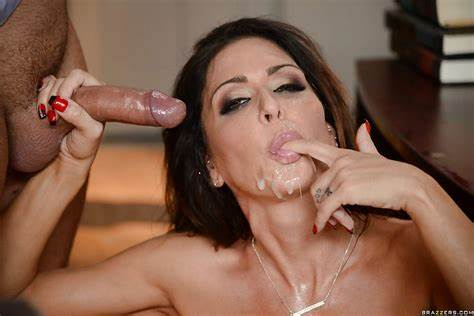Dildo Blowing Jessica Jaymes