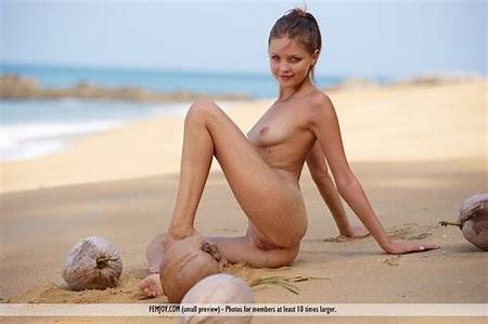 Teen Nude Model Pix Free