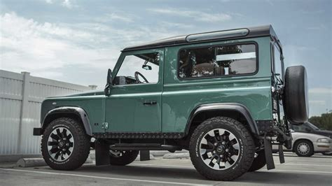 Последние твиты от land rover (@landrover). Would You Spend $235K On An LS-Swapped Land Rover Defender ...
