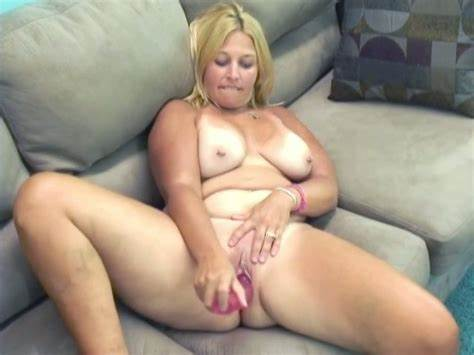 Black Harlot With Giant Butts Lick Long Haired Dildo