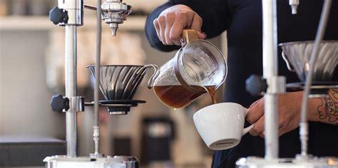 Kafeler, restoranlar faaliyetlerinde bulunan merit coffee. Merit Coffee (Local Coffee)   CYTIES