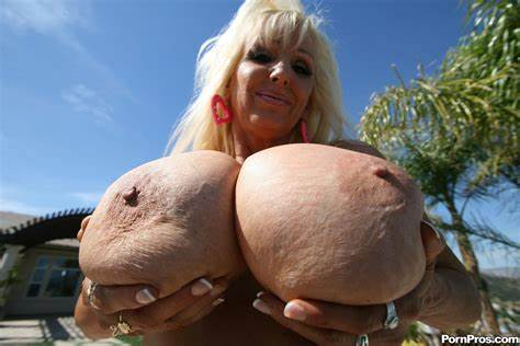 Granny With Biggest Boob Has Dildoing