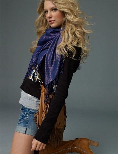 foto de IWS Radio: Taylor Swift and Jennifer Love Hewitt: A