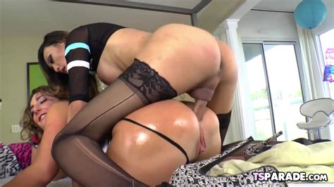 Shemale Fuck Girl Pussy