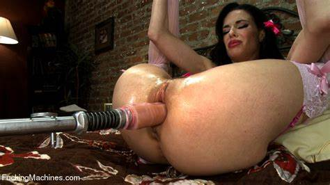 Veronica Avluv Lipstick And Fuck