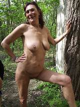 Free nude old woman picture