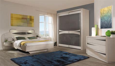 chambre pour adulte cuisine gorgeous armoires chambre armoires chambre adulte