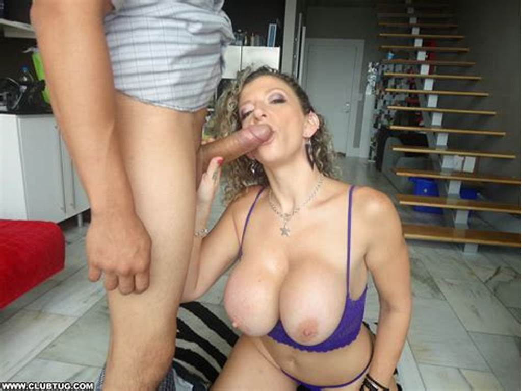 #@Sarajayxxx #Tugs #A #Cock #With #Her #Mouth! #Hiboobs