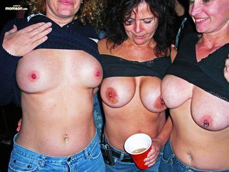Braless Milfs Forced Wrinkled