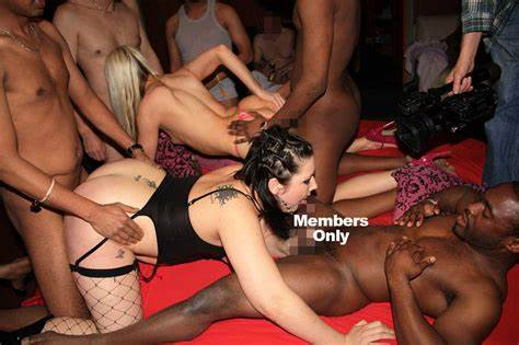 Models Parties Gangbang Drilled In The Sauna