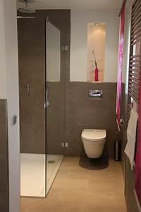 Kleines Gäste Wc Optisch Vergrößern : g ste wc mit dusche ideen ~ Markanthonyermac.com Haus und Dekorationen