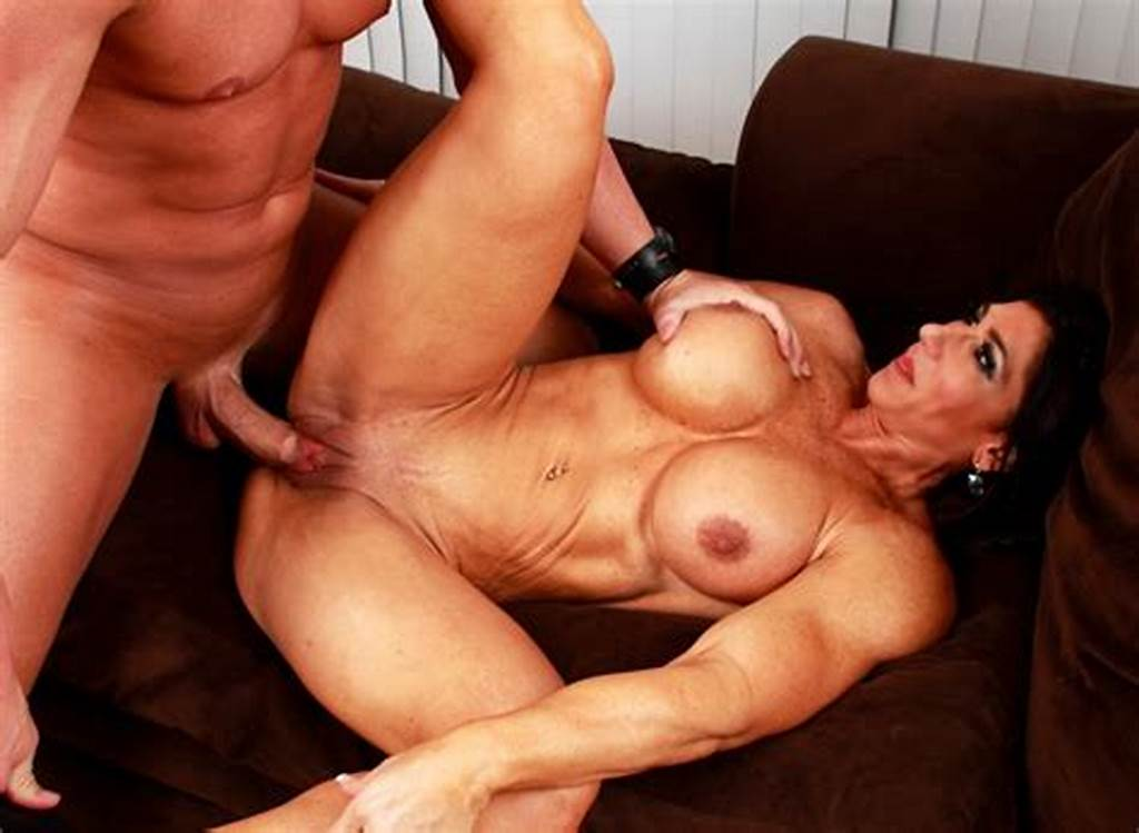 #Busty #Muscle #Milf #Elisa #Ann #Fucks #A #Guy #With #Strapon