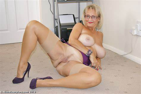 Free Matures Gallery And Sultry Stockings Milf Porno Pics