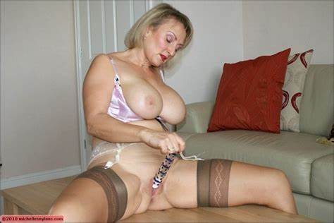 Granny Showing Pantyhose On Hidden