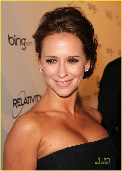 foto de Hollywood Actress Jennifer Love Hewitt bikini wallpapers